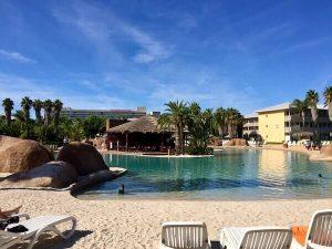 Piscina del Hotel Caribe de PortAventura World