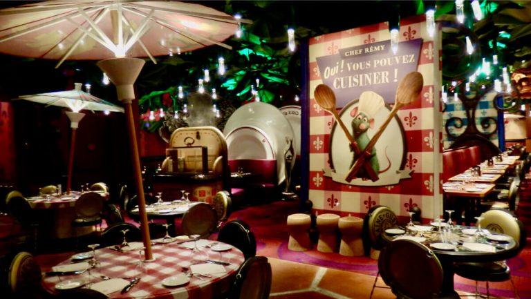 Interior del Restaurante Bistrot Chez Remy de Walt Disney Studios en Disneyland Paris