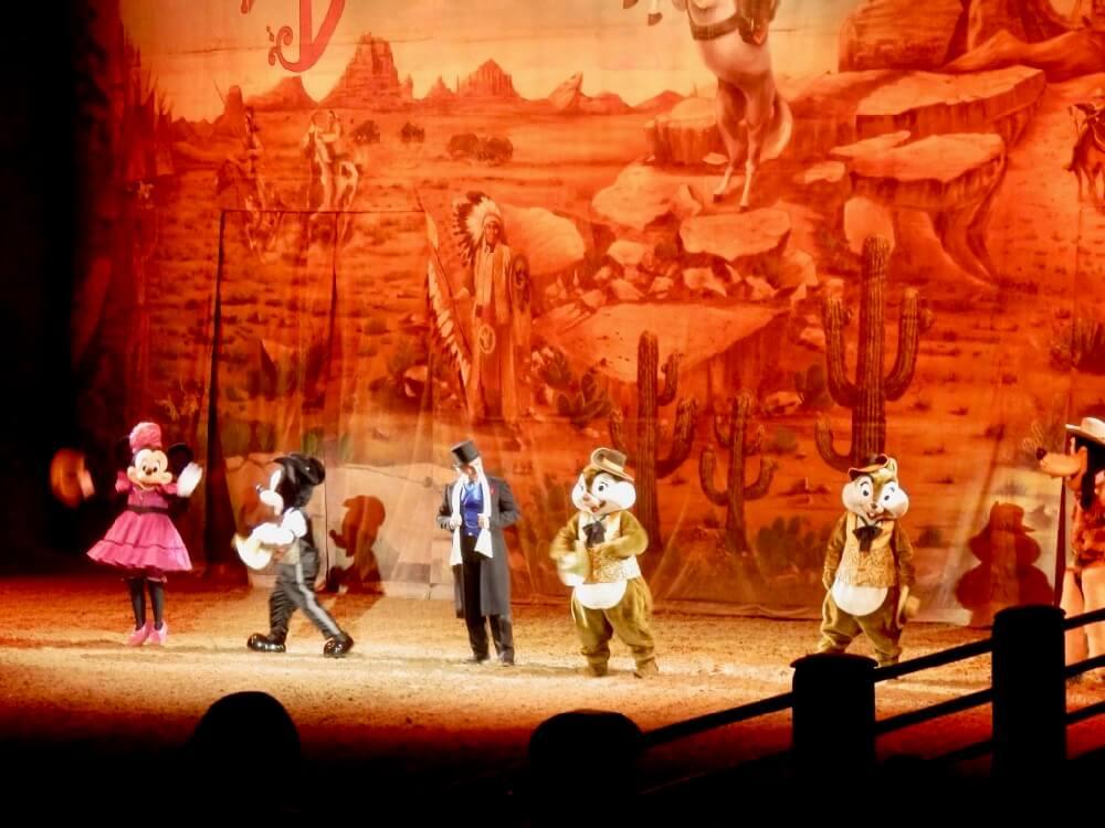 Personajes Disney en Buffalo Bill's Wild West Show