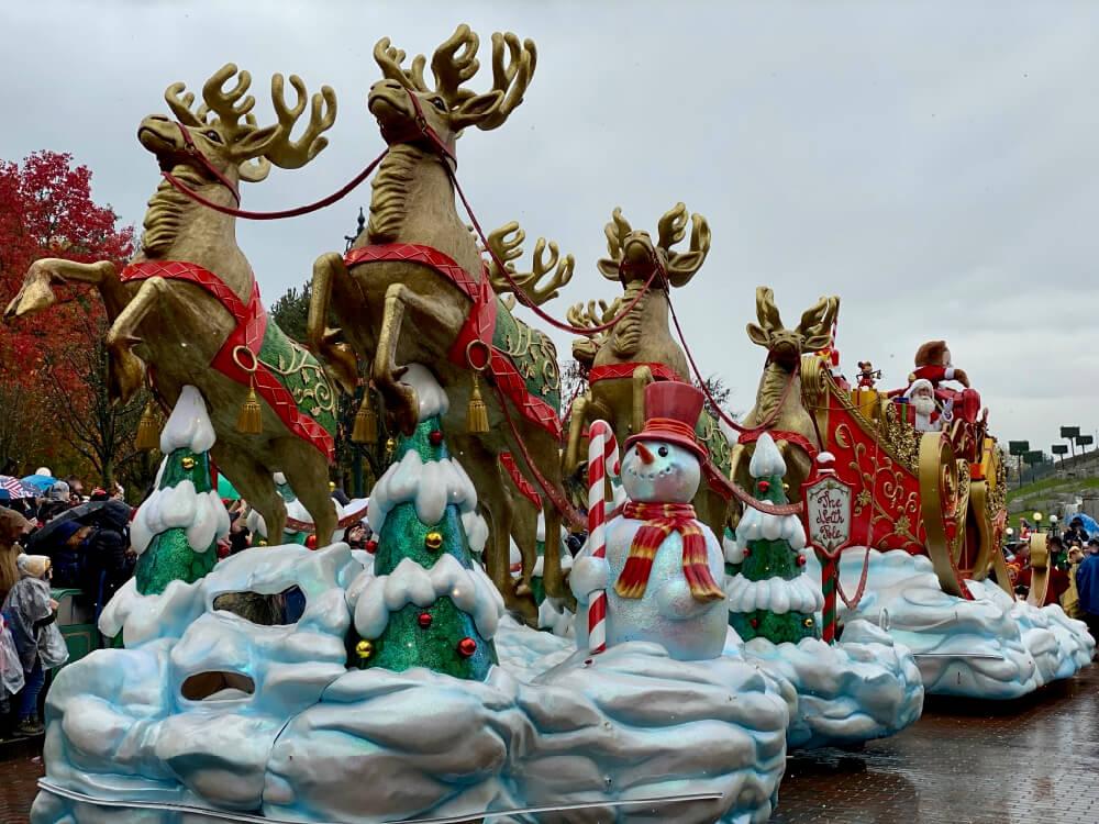 Disneyland Paris Navidad - Disney Christmas Parade Papa Noel