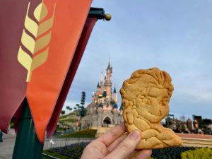 Frozen Celebration - Galleta de Elsa con relleno de nutella