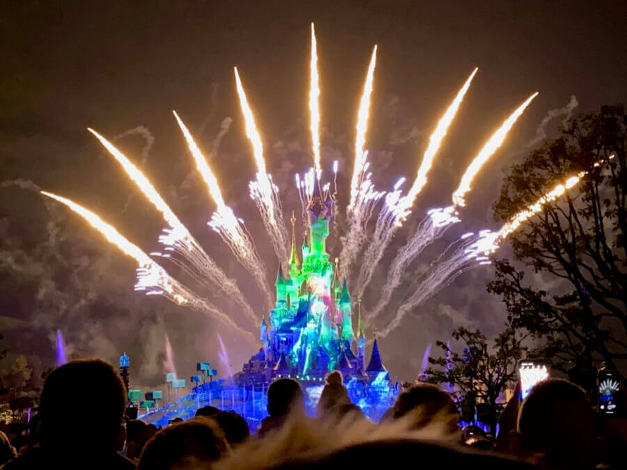 Frozen en Disney Illuminations de Disneyland Paris