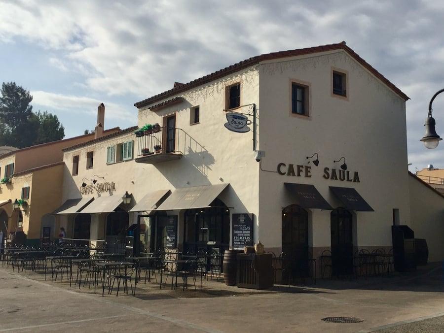 Cafe Saula en PortAventura a primera hora