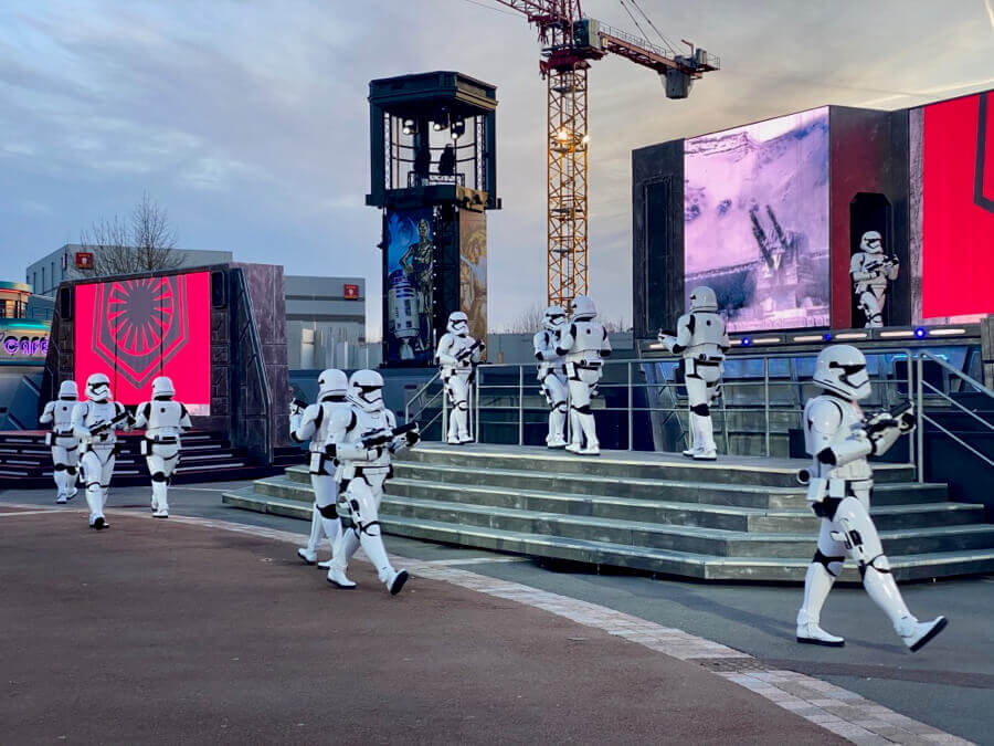 Disneyland Paris Leyendas de la Fuerza - First Order March