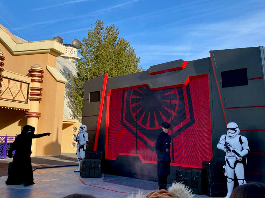 Disneyland Paris Leyendas de la Fuerza - First Order Recruitment