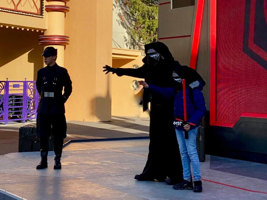 Disneyland Paris Leyendas de la Fuerza Star Wars - encuentro con Kylo Ren