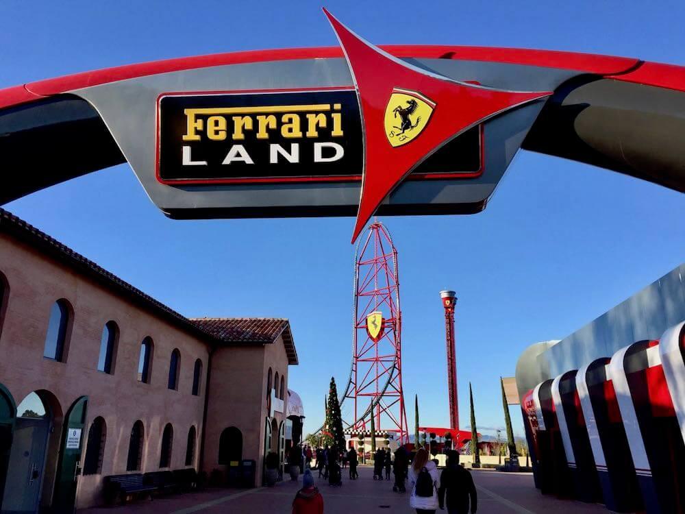 Entrada a Ferrari Land de PortAventura World