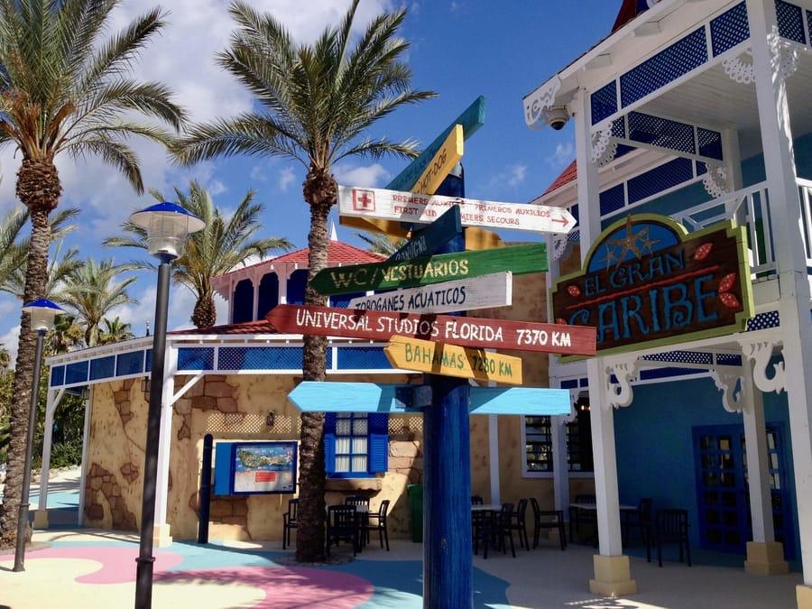 Entrada al Gran Caribe en Caribe Aquatic Park de PortAventura World