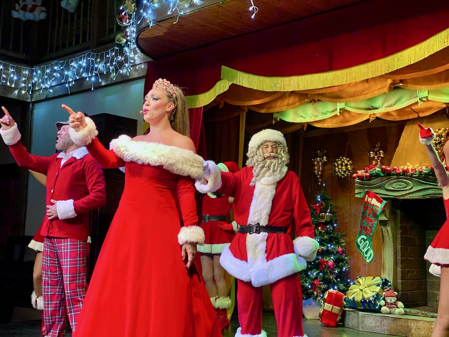 PortAventura Navidad - Espectáculo Saloon Magic Christmas