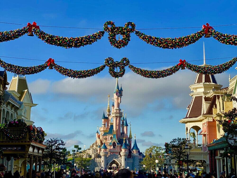 Disneyland Paris Navidad Decoraciones en Main Street y el Castillo
