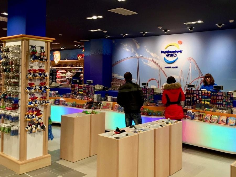Tienda Interior de la tienda Records de PortAventura