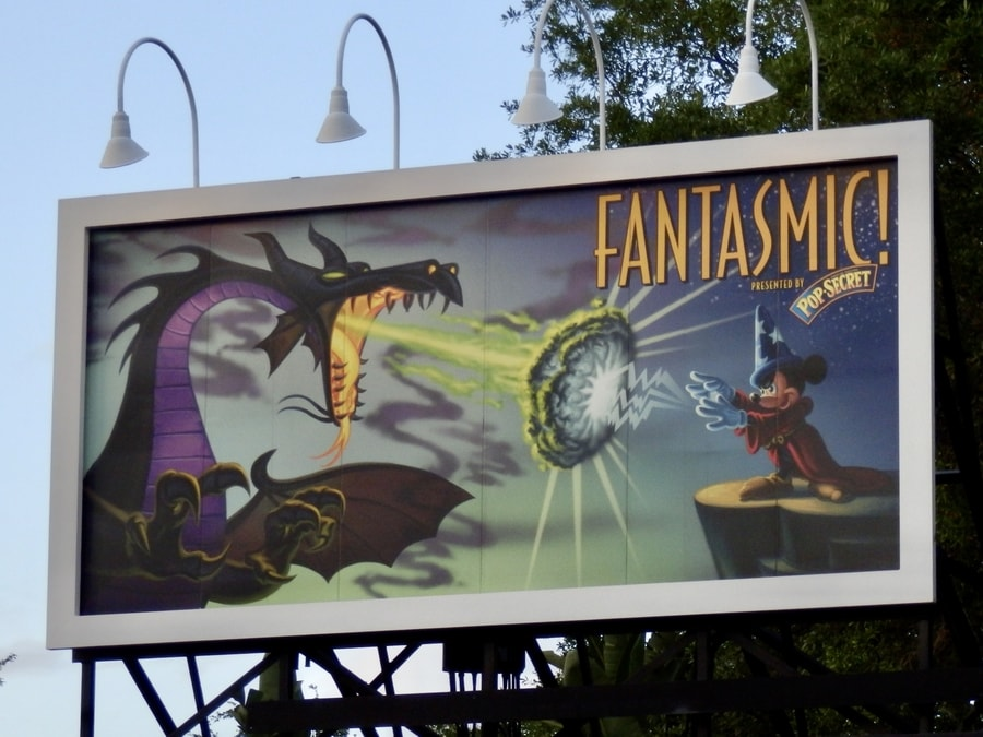 Cartel de Fantasmic en Hollywood Studios