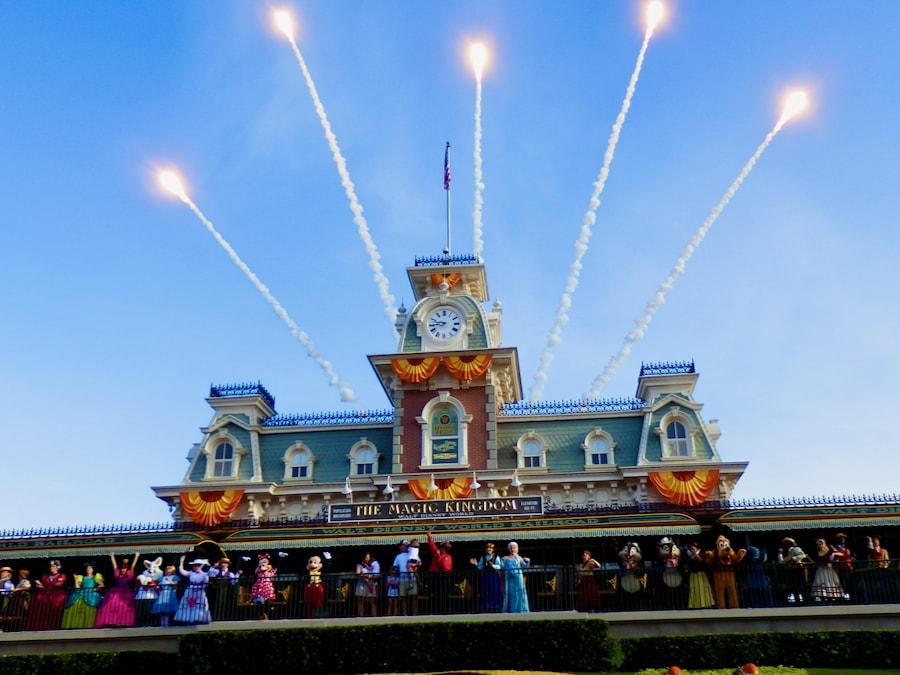 Espectáculo de bienvenida en Magic Kingdom