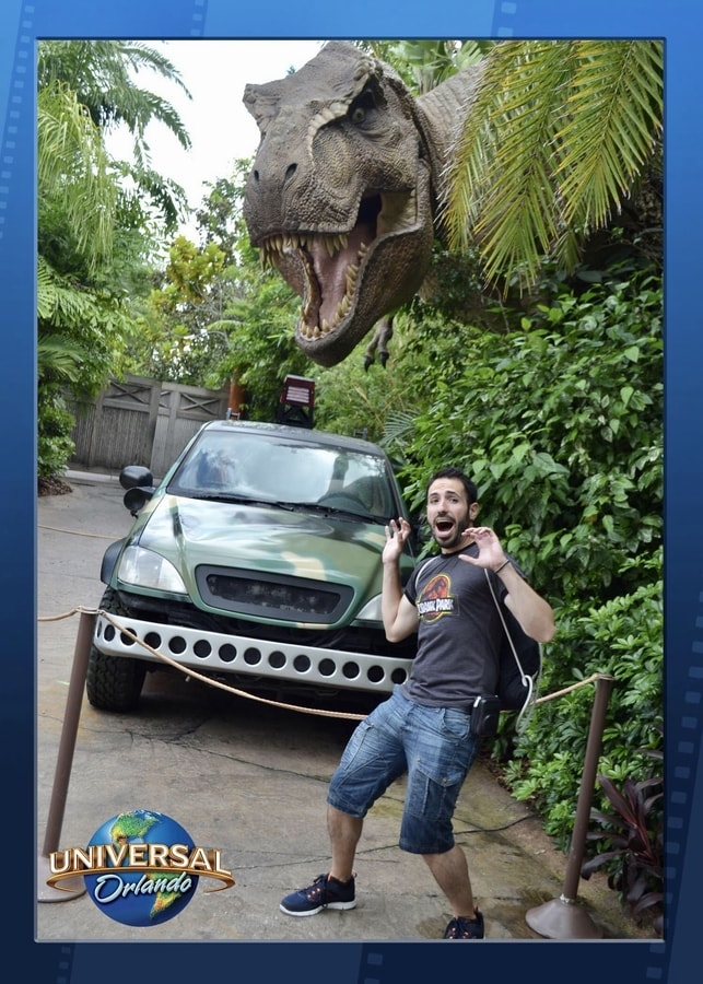 Foto con un Tiranosaurio en Jurassic Park de Islands of Adventure