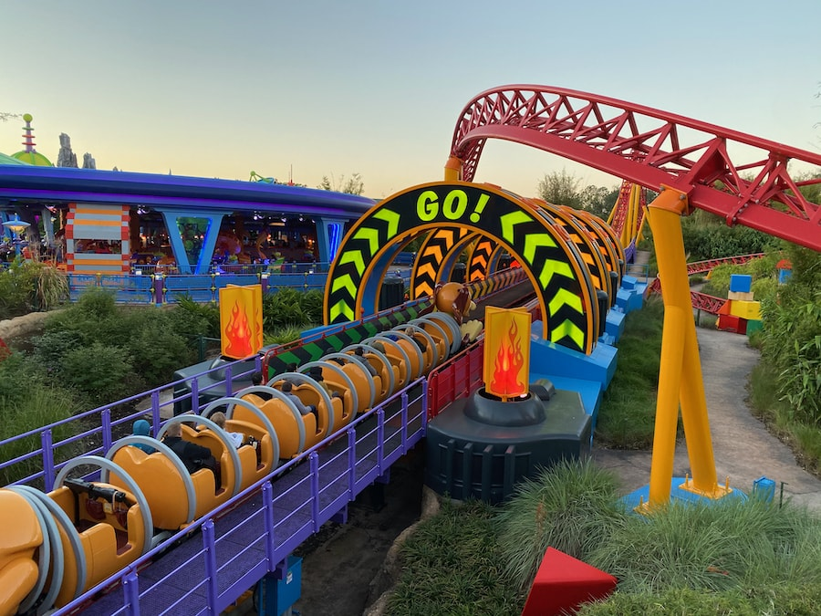 Montaña rusa Slinky Dog Dash de Toy Story Land en Hollywood Studios