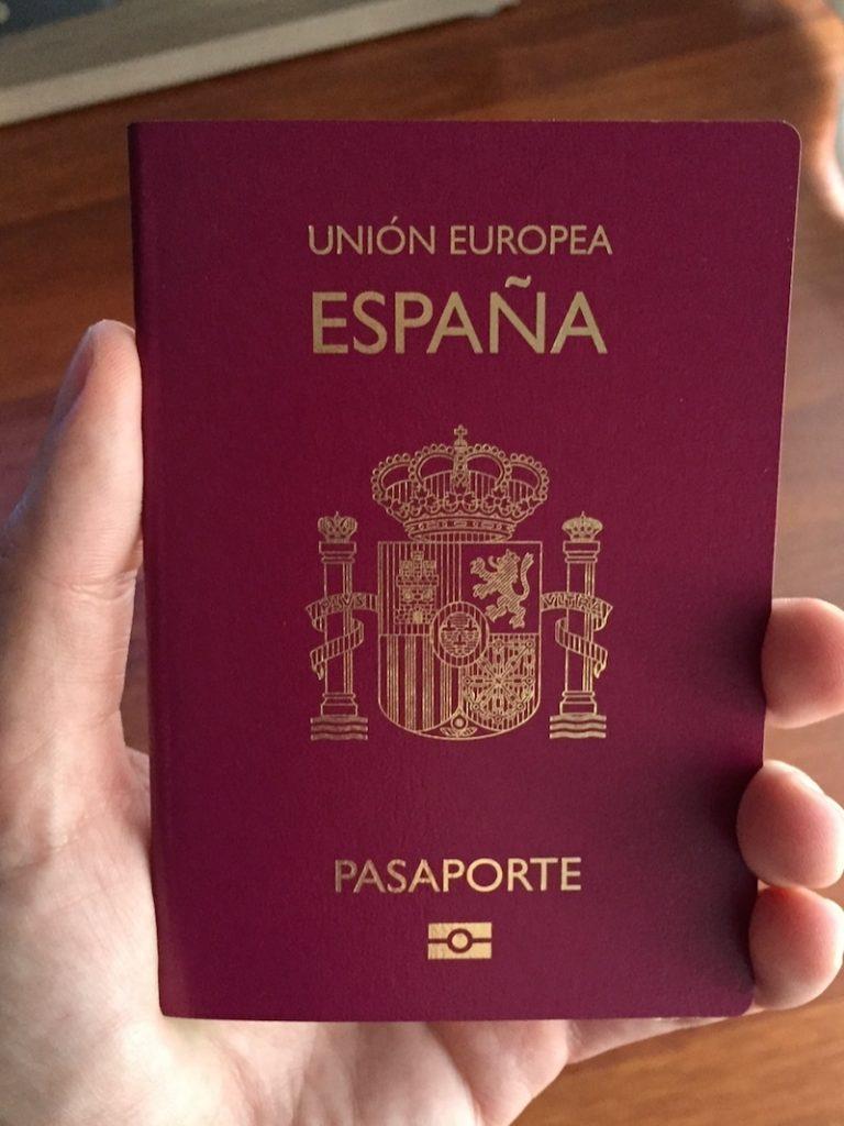 Pasaporte biométrico de España