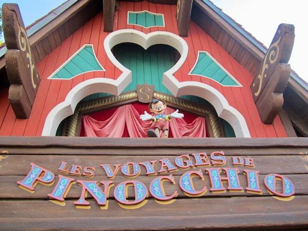 Cartel de Les Voyages de Pinocchio en Disneyland Paris