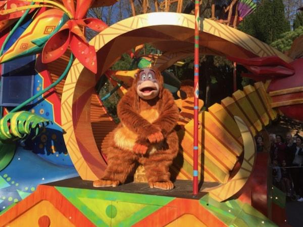El Rey Louie de El Libro de la Selva en la Cabalgata Disney Stars on Parade