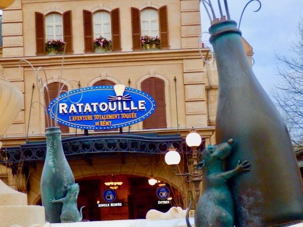 Entrada a la atracción de Ratatouille en Disneyland Paris