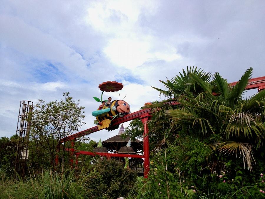 Atracción Infantil Abejitas Zum-Zum de Isla Mágica