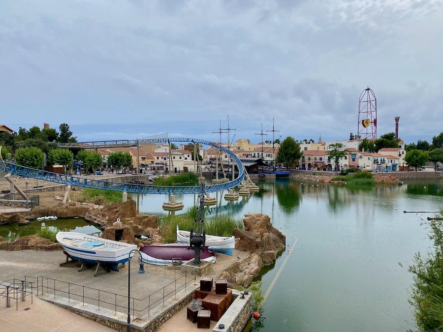 Vista de Mediterrània en PortAventura a la hora de cierre en verano 2020