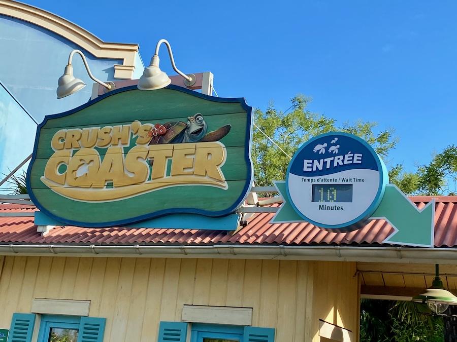 Entrada a la atracción Crushs Coaster de Walt Disney Studios en Disneyland Paris con 10 minutos de espera