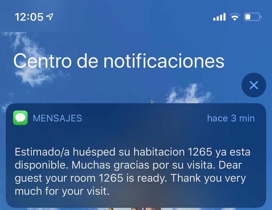 Mensaje SMS de habitación lista en hoteles de PortAventura