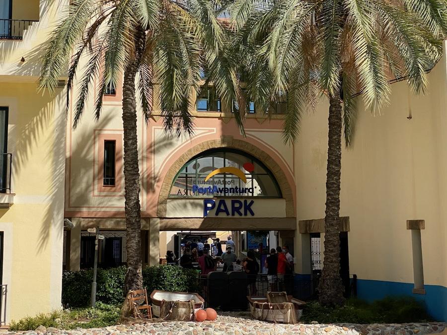 Acceso a PortAventura Park desde el Hotel PortAventura