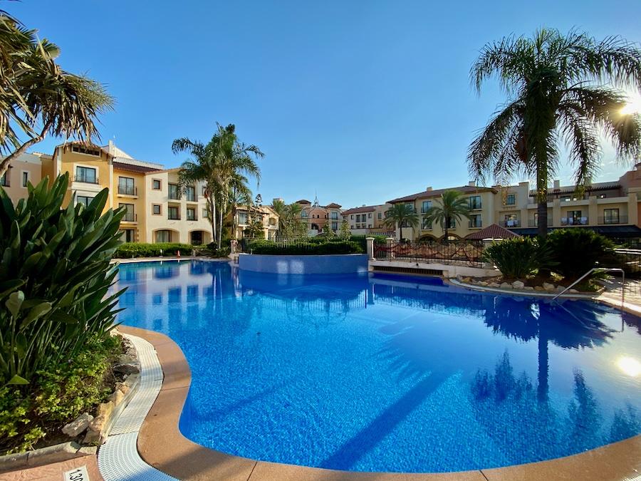 Piscina pequeña del Hotel PortAventura en PortAventura World