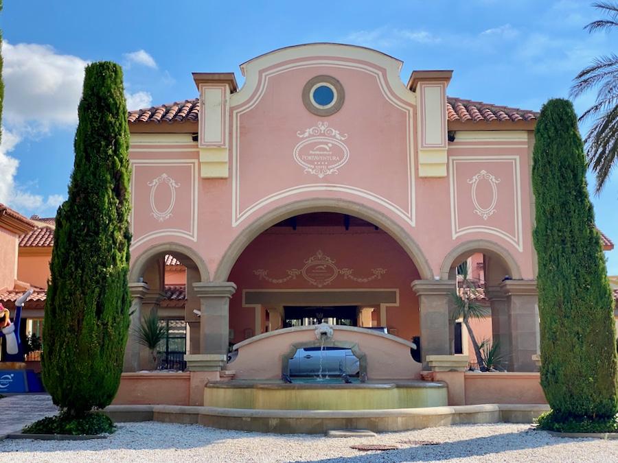 Entrada al Hotel PortAventura de PortAventura World