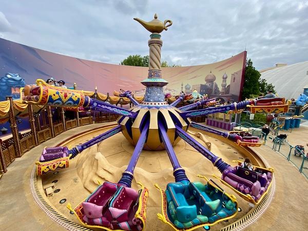 Alfombras voladoras sobre Agrabah Atracción de Walt Disney Studios en Disneyland Paris