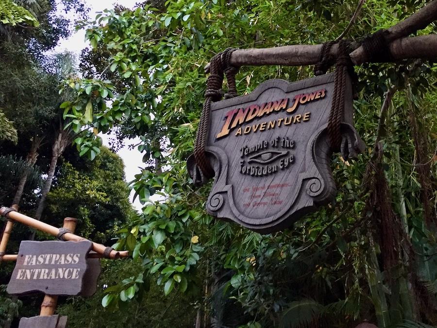 Acceso FASTPASS a la atraccion Indiana Jones Adventure de Disneyland en California