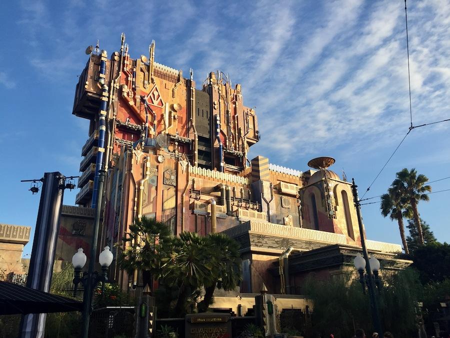 Atracción Guardians of The Galaxy Mission Breakout en Disney California Adventure