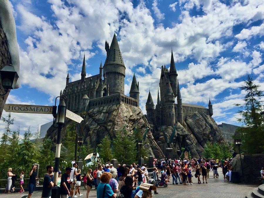 Castillo de Hogwarts del Mundo Mágico de Harry Potter en Universal Studios Hollywood