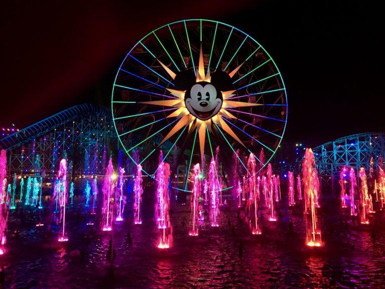 Espectáculo World of Color en Disney California Adventure