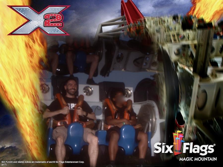 Foto de recuerdo en la montaña rusa X2 en Six Flags Magic Mountain