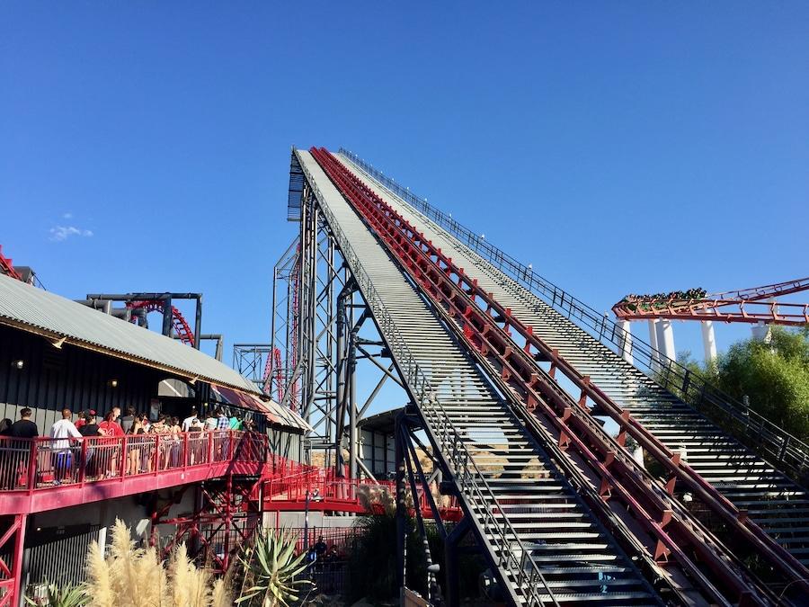 Montaña rusa X2 de Six Flags Magic Mountain
