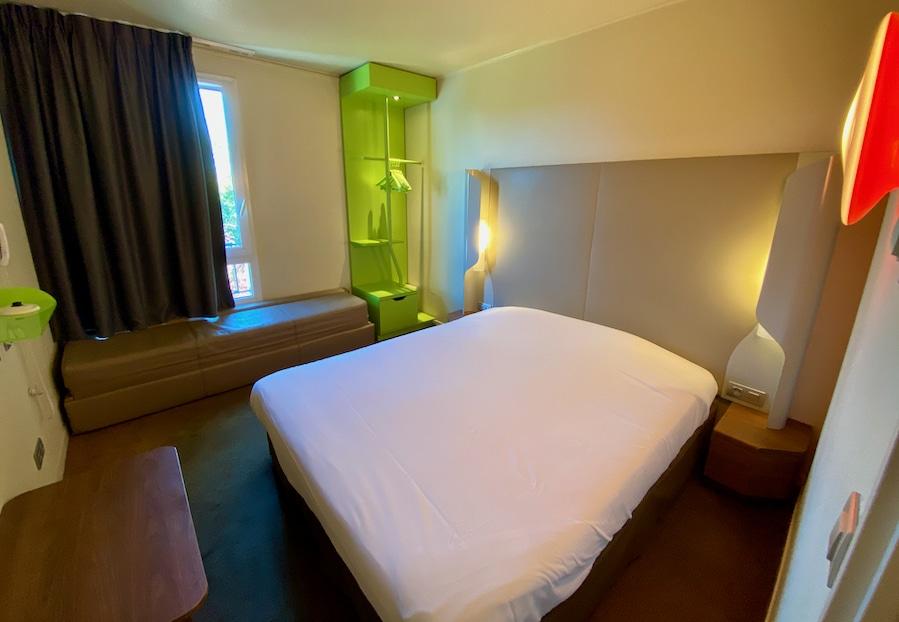 Habitación del hotel Campanile Bussy Saint Georges