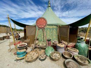 El Alatar de la Favorita tienda en el Askar Andalusí de Puy du Fou España