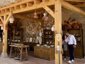 El taller alfarero de Puy du Fou España