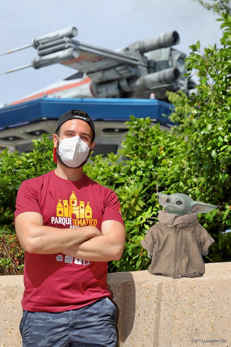 Foto MagicShot con Grogu Baby Yoda en Disneyland Paris