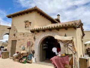 La Dulcería de María la Abuela tienda de dulces en La Puebla Real de Puy du Fou España