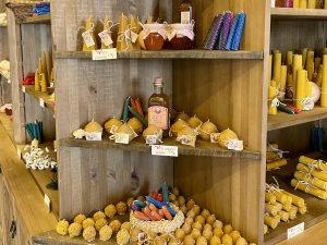 Velas y mieles de La Candelería de Andrés en Puy du Fou España
